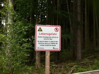 Nationalpark Eifel - Urfttalsperre - Warnschild